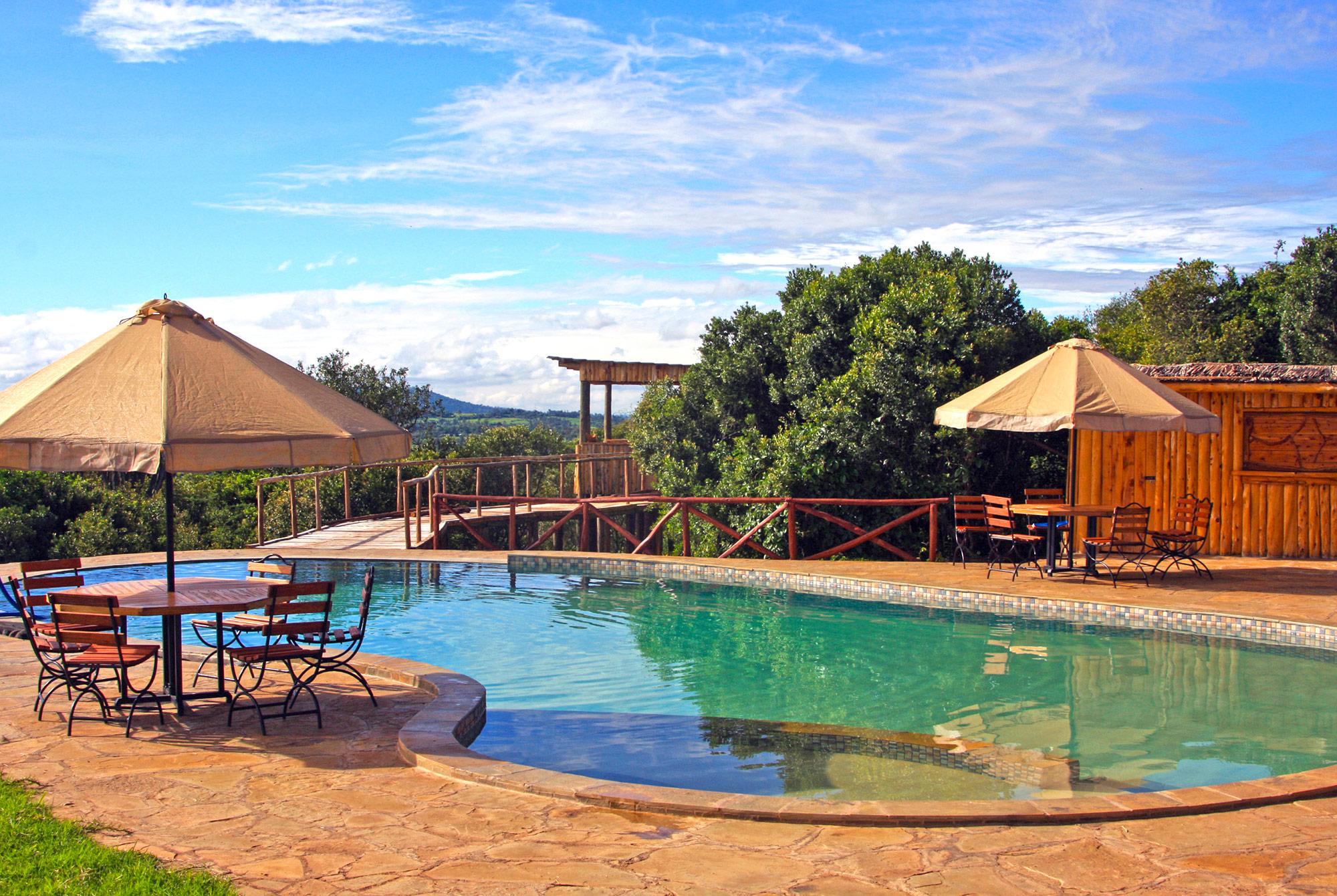 Pool mit grandioser Aussicht, Rhino Watch Lodge